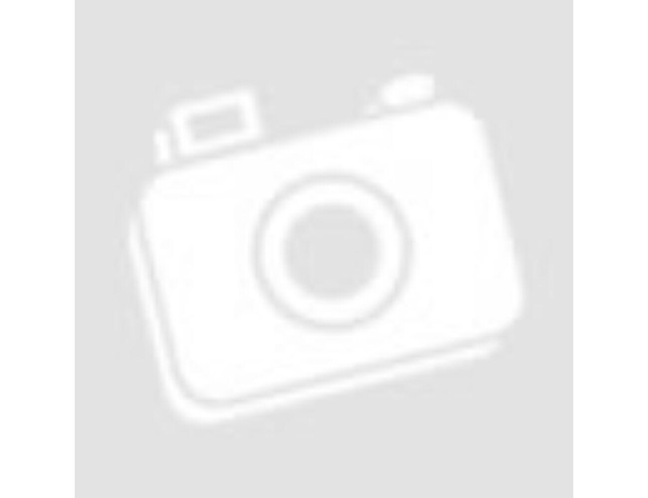 Hungarikumok piros matyóval ajándékcsomag - hímzett párna, díszzsebkendő, pálinkák, mézek.