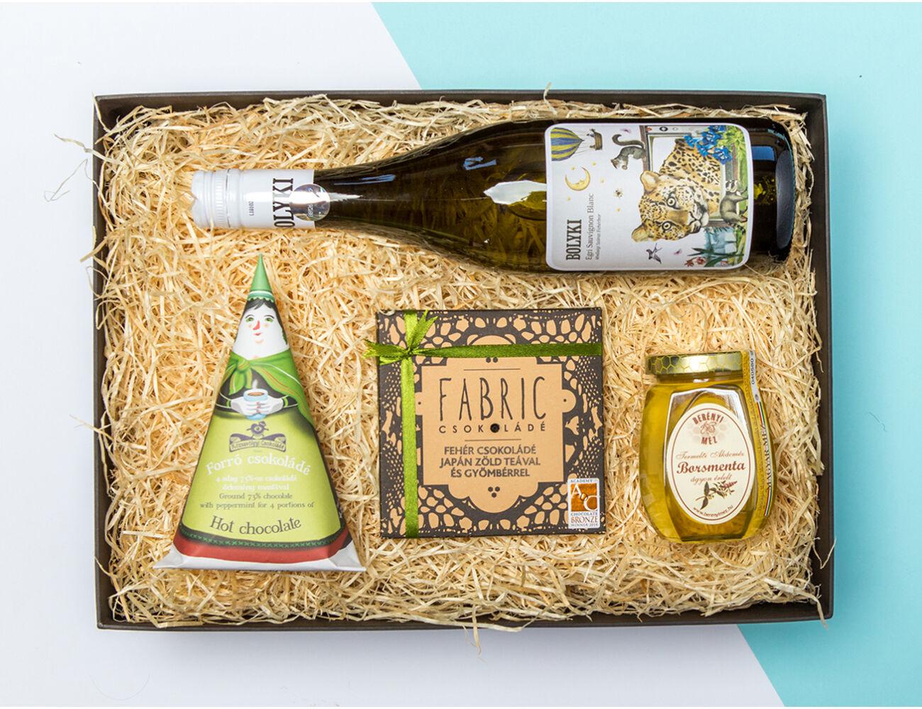 Természetes szépség ajándékcsomag - mentás forrócsoki, fehércsoki, mentás méz. És bor.